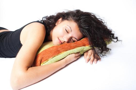 girl-beauty-sleep